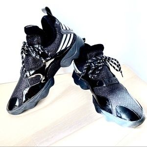 BLACK Sparkle Laceup Sneakers size 245